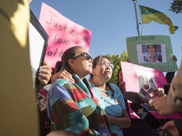 Christine Deene (R) the aunt of Colten Boushie, and his mother Debbie speak with media during a rally outside of the Saskatchewan Provincial Court in North Battleford, August 18, 2016. People held a rally outside a Saskatchewan courthouse Thursday where a farmer accused of fatally shooting a First Nations man is to make an appearance.