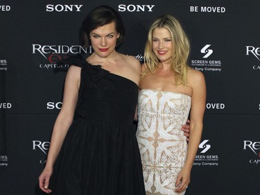"""Milla Jovovich and Ali Larter attend the premiere of """"Resident Evil: The Final Chapter"""" in Mexico City, January 9, 2017."""