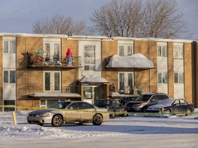 Saskatoon Police officers were on scene on the 1100 block of Avenue W after a police-involved shooting. Photo taken Thursday, December 24, 2020.