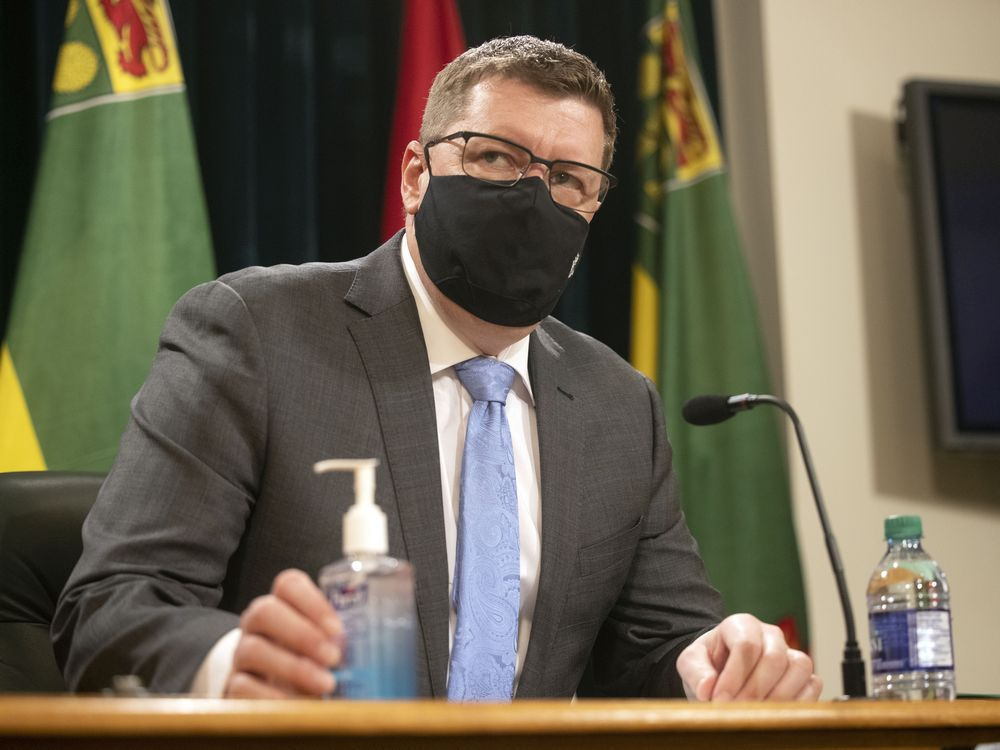 Mandryk: Sask. government taking a chance by being first to remove masks