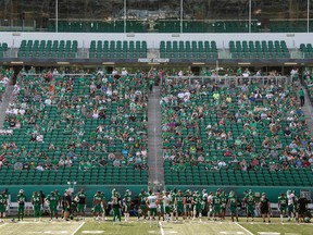 A total of 2,882 spectators watched the Saskatchewan Roughriders' controlled scrimmage Saturday afternoon at Mosaic Stadium.