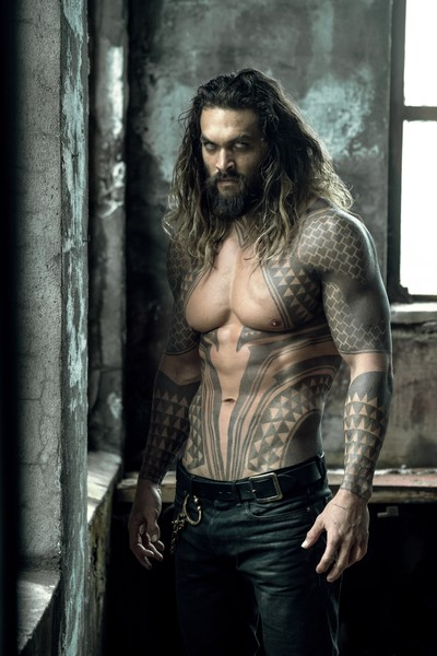 "JASON MOMOA as Aquaman in Warner Bros. Pictures' action adventure ""JUSTICE LEAGUE,"" a Warner Bros. Pictures release."