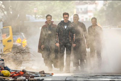Marvel Studios' AVENGERS: INFINITY WAR. L to R: Doctor Strange/Stephen Strange (Benedict Cumberbatch), Iron Man/Tony Stark (Robert Downey Jr.), Wong (Benedict Wong) and Bruce Banner/Hulk (Mark Ruffalo). Photo: Chuck Zlotnick. Marvel Studios