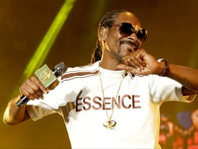 Snoop Dogg performs onstage during the 2018 Essence Festival presented By Coca-Cola - Day 1 at Louisiana Superdome on July 6, 2018 in New Orleans, Louisiana.  (Bennett Raglin/Getty Images for Essence)