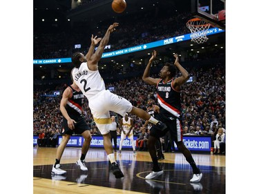 Toronto Raptors Kawhi Leonard SF (2) with a fade away shot In the first half in Toronto, Ont. on Friday March 1, 2019. Jack Boland/Toronto Sun/Postmedia Network