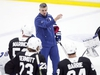Toronto Maple Leafs' head coach Sheldon Keefe instructs the team on the next drill during the second day training camp in Toronto on Tuesday, July 14. Craig Robertson/Toronto Sun/Postmedia Network ORG XMIT: POS2007141550110233