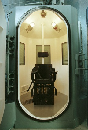 """The gas chamber used for executions inside """"Death House"""" at the Florence prison complex in Florence, some 80 miles southeast of Phoenix, Arizona is here on Feb. 11, 1999."""