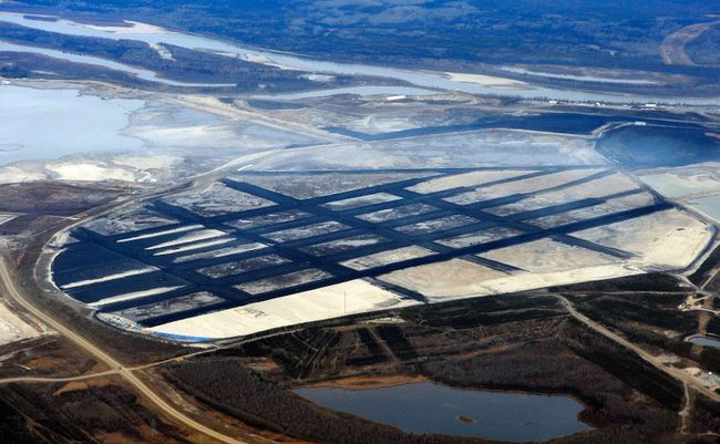 Oilsands near Fort McMurray. (Reuters file)