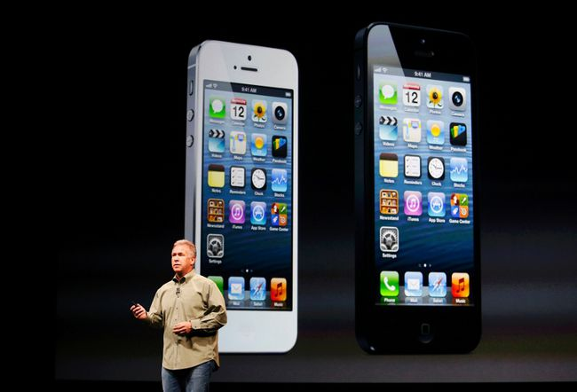 Phil Schiller, senior vice president of worldwide marketing at Apple Inc, speaks about iPhone 5 during Apple Inc.'s iPhone media event in San Francisco, California on September 12, 2012. (REUTERS/Beck Diefenbach)