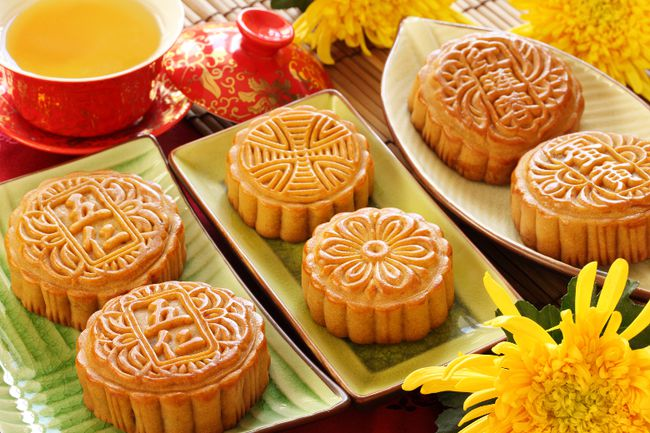 <b>China and Taiwan</b><br>For the Chinese, the Moon Festival or Mid-Autumn Festival dates back 3,000 years and is held on the 15th day of the eighth lunar month. At the end of the harvest season, families typically celebrate with a big feast that includes moon cakes filled with red bean or lotus seed paste. <br>In China, one of the most popular stories associated with the festival is the legend of Chang'e, the lady who lives on the moon along with her companion, the Jade Rabbit. As the day always coincides with the full moon, the moon is brightest on this day. <br>Parents light lanterns for their children as a symbol of enlightenment. The Mid-Autumn Festival is also celebrated in Malaysia, Singapore and the Philiippines. (Fotolia)