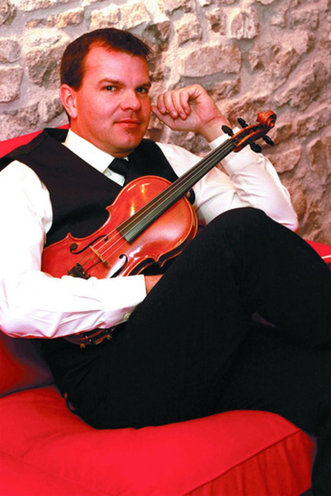 Canadian fiddle champion Scott Woods. (Submitted)