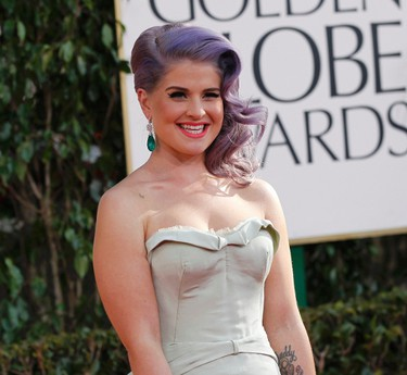Television personality Kelly Osbourne arrives at the 70th annual Golden Globe Awards in Beverly Hills, California, January 13, 2013.  REUTERS/Mario Anzuoni