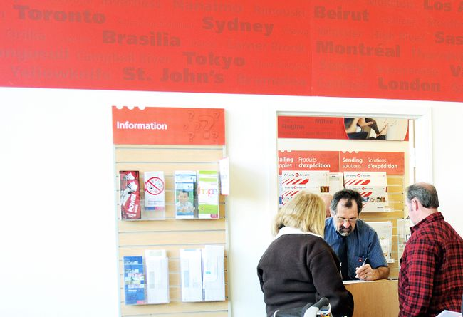 The main Canada Post office in the Federal Building is sporting a new streamlined look in order to address changing usage patterns of patrons said a Canada Post spokesperson.  DIANA MARTIN/ THE CHATHAM DAILY NEWS/ QMI AGENCY
