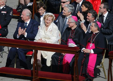 Belgium's King Albert and Queen Paola attend the inaugural mass of Pope Francis with Belgium's Prime Minister Elio Di Rupo (3rd L) and Princess Caroline of Hanover (top 2nd R) at the Vatican, March 19, 2013. Pope Francis celebrates his inaugural mass on Tuesday among political and religious leaders from around the world and amid a wave of hope for a renewal of the scandal-plagued Roman Catholic Church.                    REUTERS/Paul Hanna