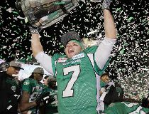 Grey Cup 2013: Roughriders crush Tiger-Cats to win Grey Cup