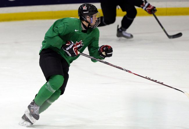 Connor McDavid has a solid shot at leading a youth movement for Team Canada at the world juniors in Sweden. (DAVE THOMAS/QMI AGENCY)