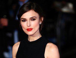 Keira Knightley opens up about family's struggle with eating disorder.  REUTERS/Andrew Winning