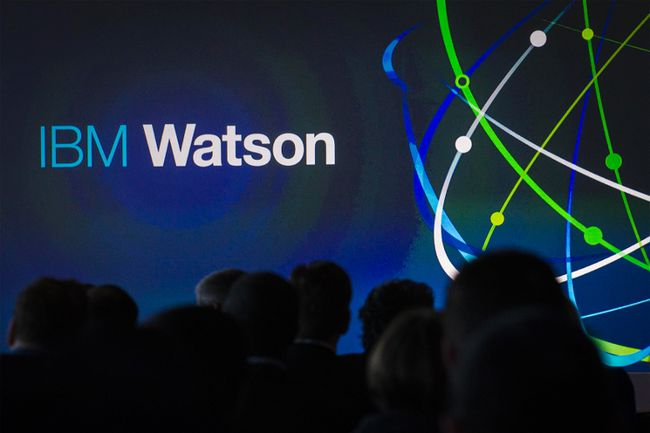 Attendees gather at an IBM Watson event in lower Manhattan, Jan. 9, 2014. REUTERS/BRENDAN MCDERMID