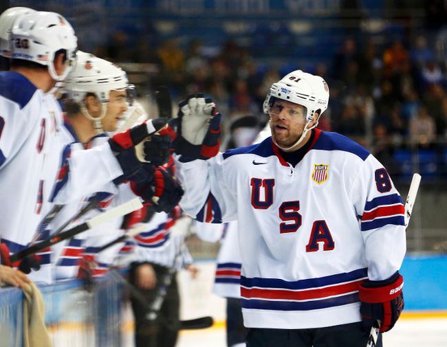 Team USA winger Phil Kessel scored a natural hat trick against Slovenia during their men's preliminary hockey game at the 2014 Sochi Winter Olympics, Feb. 16, 2014. (JIM YOUNG/Reuters)
