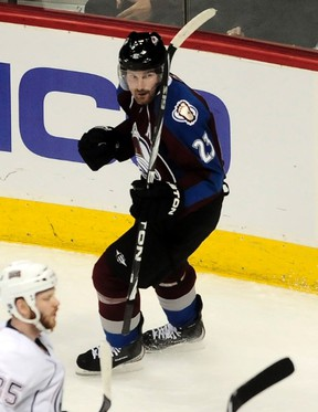 Colorado Avalanche Milan Hejduk pumps his fist celebrating his goal against the Edmonton Oilers during their NHL hockey game Denver, Colorado February 23, 2011.  (REUTERS/Mark Leffingwell)