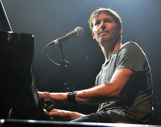 James Blunt (WENN.COM file photo)
