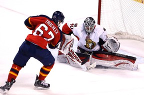 Florida Panthers centre Vincent Trocheck goes in on Senators goalie Robin Lehner (40) in the second period at BB&T Center. Robert Mayer-USA TODAY Sports