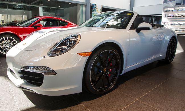 2013 Porsche 922 Carrera S Cabriolet. $149,631.76 (Taxes not included). (QMI FILE PHOTO)