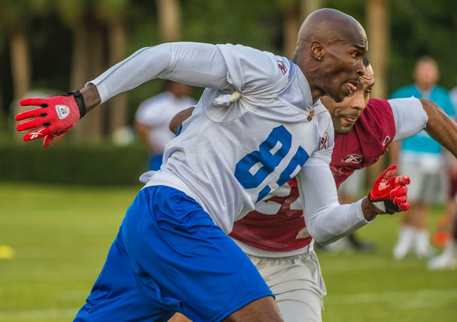Former NFL receiver Chad Johnson works out with the Montreal Alouettes during their mini-camp in Vero Beach, Fla. (MONTREAL ALOUETTES PHOTO)