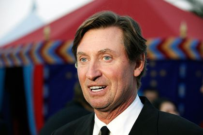 NHL notes: Gretzky for president (of the Capitals)?