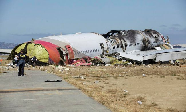 U.S. National Transportation Safety Board (NTSB) photo shows the wreckage of Asiana Airlines Flight 214 that crashed at San Francisco International Airport in San Francisco, Calif., in this handout file photo released on July 7, 2013. (REUTERS/NTSB/Handout via Reuters/Files)