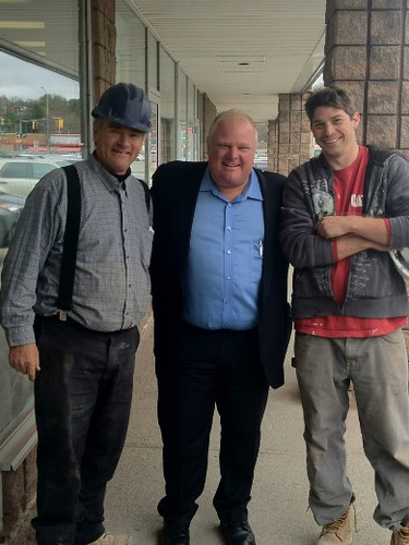 Mayor Rob Ford posing for a photo with construction workers in Bracebridge outside Marj's Homestyle Cafe on May 16, 2014. (Photo courtesy Marj's Homestyle Cafe)