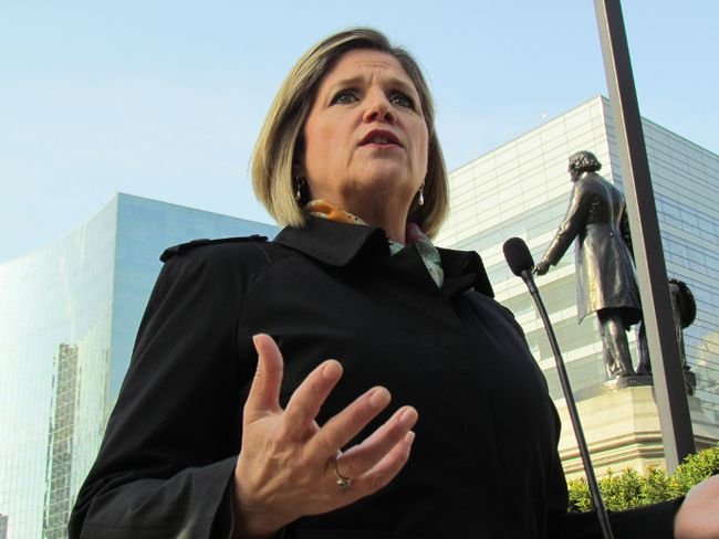 Ontario NDP Leader Andrea Horwath announces she would make investments to cut hospital emergency room wait times in half Tuesday, May 20, 2014. (Antonella Artuso/Toronto Sun)