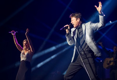 Corey Hart and Julie Masse show at the Bell Centre in Montreal, Quebec, Canada, Tuesday, June 3, 2014. (SÉBASTIEN ST-JEAN/QMI Agency)
