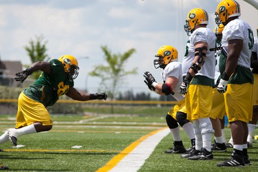 The Eskimos practice in front of fans in Spruce Grove, Alberta, during the training camp held on Sunday, June 15th, 2014.  Chad Steeves /Edmonton Sun /QMI Agency
