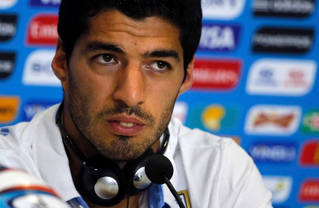 Uruguay's national soccer team player Luis Suarez attends a news conference prior a training session at the Dunas Arena soccer stadium in Natal, June 23, 2014. (REUTERS/Carlos Barria)