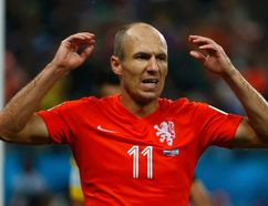 Arjen Robben of the Netherlands reacts after missing a chance to score against Argentina during their 2014 World Cup semi-finals at the Corinthians arena in Sao Paulo July 9, 2014. (REUTERS/Michael Dalder)