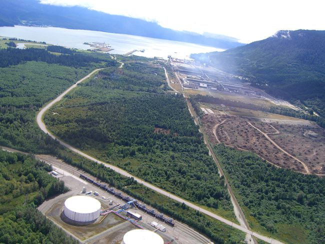 The proposed Northern Gateway pipeline project would end up in Kitimat, B.C. (FILE PHOTO)