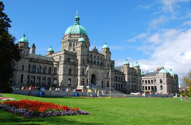 The Province of B.C. is one of several entities being warned to get off of First Nations land. (FILE PHOTO/24 HOURS)