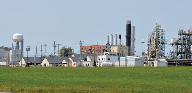 The chemical industry complex at Maitland is shown in this file photo. (FILE PHOTO)