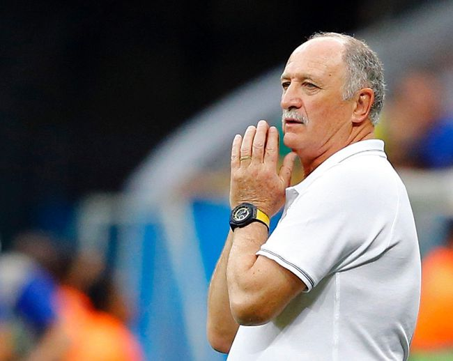 Brazil's coach Luiz Felipe Scolari reacts during their 2014 World Cup third-place playoff against the Netherlands at the Brasilia national stadium in Brasilia in this July 12, 2014 file photo. (REUTERS/Dominic Ebenbichler/Files)
