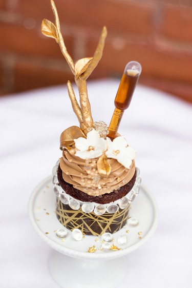 Le Dolci Cupcakes and Cakes created this $900 cupcake. (Jeeval Tailor photo)