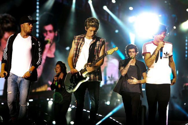 One Direction performs at the Rogers Centre in Toronto on Friday. (VERONICA HENRI/Toronto Sun)