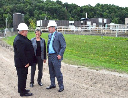 MP Larry Miller, Owen Sound Mayor Deb Haswell and Beaches-East York Liberal MPP Arthur Potts discuss the $48 million project to upgrade Owen Sound's waste water treatment plant Thursday afternoon. DENIS LANGLOIS/QMI AGENCY