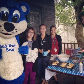 Photo supplied                          The Sud-Berry Bear joined Nadia Vellucci, Michelle Graham and Janelle Crowley to serve pancakes at the Flour Mill Museum.