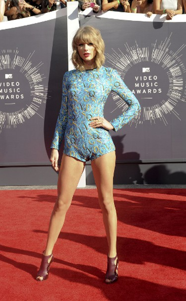 """WORST: Taylor Swift in  Mary Katrantzou.Bring on the hate mail, or maybe even a break-up-type anthem from the songstress herself - but, this jumpsuit wasn't doing it for us. But hey, way to shake things up, Taylor and your legs look amazing! (Apega/WENN.com)  PDRTJS_settings_7794898 = { """"id"""" : """"7794898"""", """"unique_id"""" : """"default"""", """"title"""" : """""""", """"permalink"""" : """""""" }; (function(d,c,j){if(!document.getElementById(j)){var pd=d.createElement(c),s;pd.id=j;pd.src=('https:'==document.location.protocol)?'https://polldaddy.com/js/rating/rating.js':'http://i0.poll.fm/js/rating/rating.js';s=document.getElementsByTagName(c)[0];s.parentNode.insertBefore(pd,s);}}(document,'script','pd-rating-js'));"""