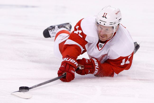 Detroit Red Wings right winger Daniel Alfredsson shoots from the ice during the second period against the Boston Bruins in Game 2 of the first round of the 2014 NHL playoffs at TD Garden on April 20, 2014. (Greg M. Cooper/USA TODAY Sports)