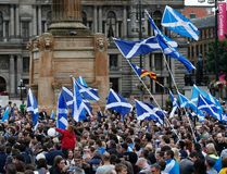Yes supporters congregate in George Square in Glasgow, Scotland, September 16, 2014. The referendum on Scottish independence will take place on September 18, when Scotland will vote whether or not to end the 307-year-old union with the rest of the United Kingdom. (REUTERS)