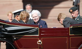 Elizabeth Dowdeswell arrives at Queen's Park for her installation as Ontario's lieutentant-governor on Sept. 23, 2014. (Michael Peake/Toronto Sun)