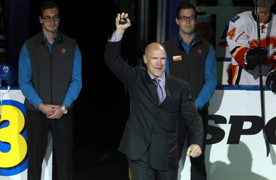 Edmonton Oilers' ex captain mark Messier is introduced to the crowd during opening night ceremony at Rexall Place in Edmonton, Alberta on October 9, 2014.  Codie McLachlan/Edmonton Sun/QMI Agency