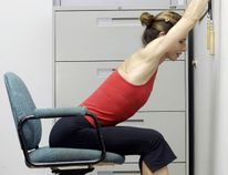 Jill Pomeroy is a fitness instructor. She is demonstrating exercises that can be done t